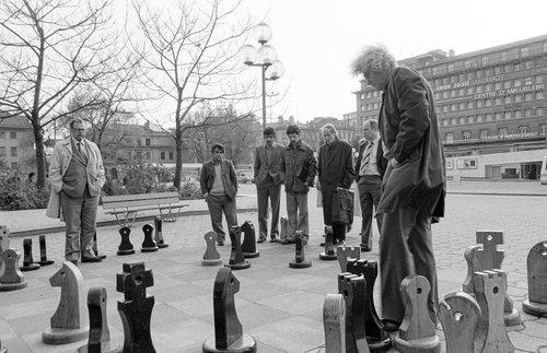 Lausanne, échecs à la Riponne