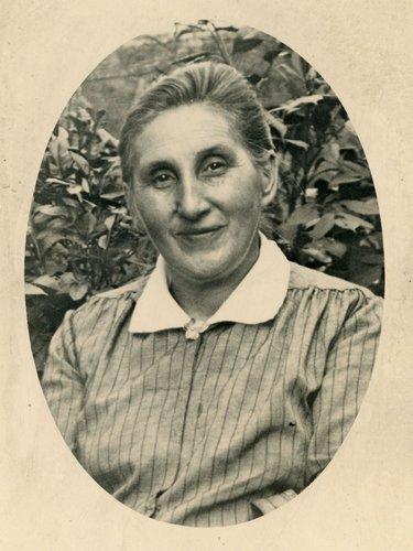 Berthe Buchet prise vers 1925