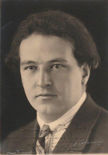 Arthur HONEGGER, carte-autographe, Studio V.Henry, Paris