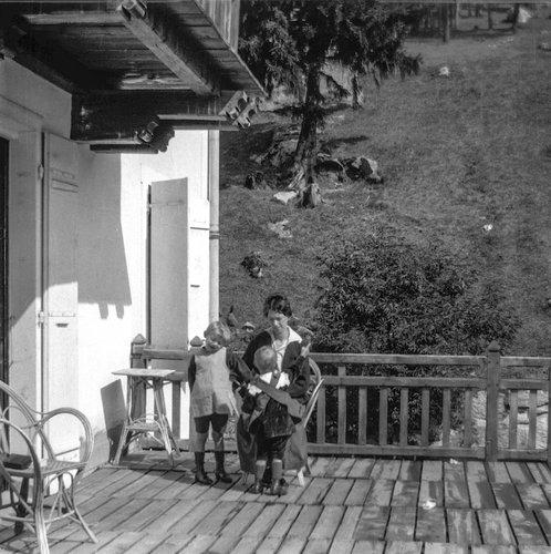 Suzanne et ses enfants à Champex