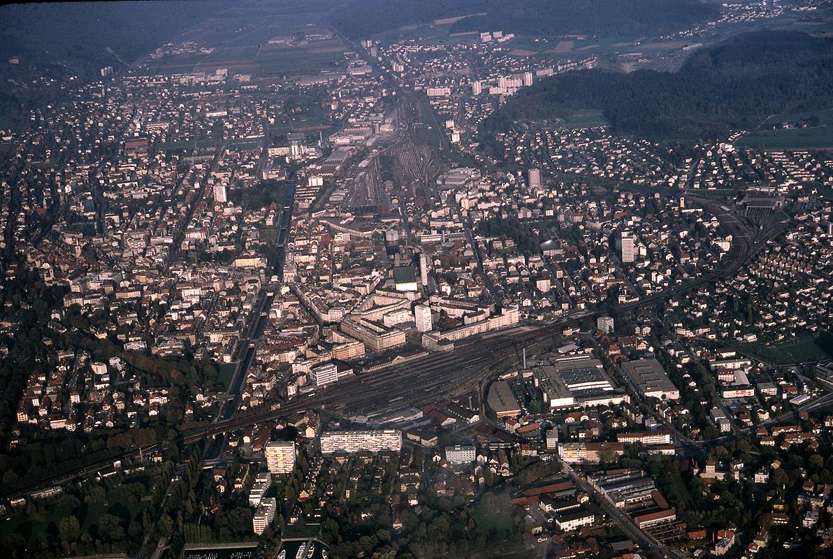 Bienne: Hier/aujourd'hui