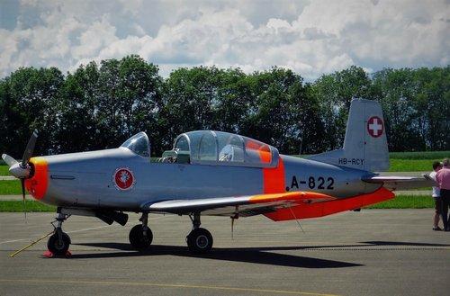 Pilatus P3 A-822