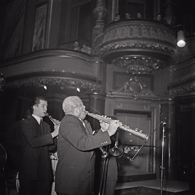 Sidney Bechet sur la scène du Victoria Hall