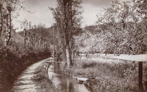 Canal dans le Vallon de la Mérine