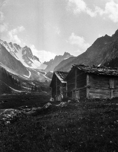 Raccards dans le haut du Val d'Arpette