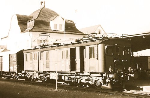 Locomotive De 4/4
