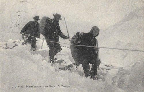 Contrebandiers au Grand St Bernard