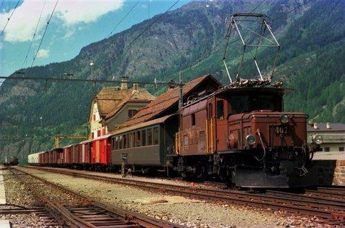 Les Chemins de fer rhétiques RHB