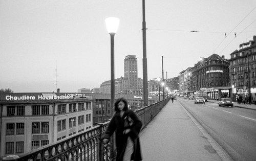 Lausanne, Sur le Grand Pont au crépuscule