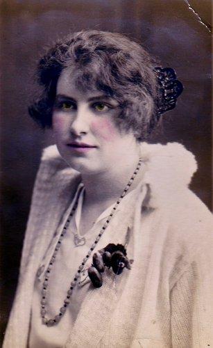 L'art capillaire en l'an 1925