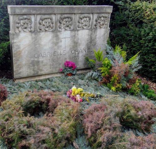 Tombe de Coco Chanel