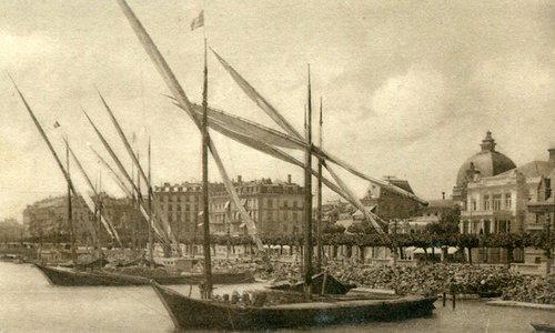 Genève, barques à quai