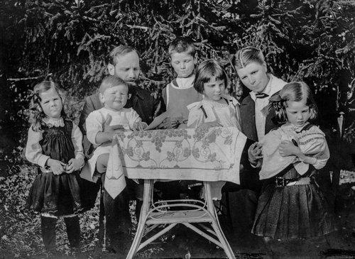 Famille Burnand à St Loup