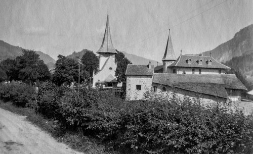 Eglise et Château de Rougemont