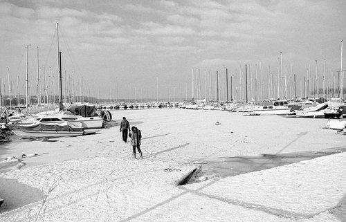 Genève, le bord du lac gelé