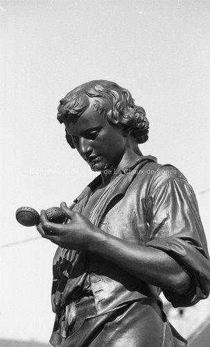 Le Locle à l'honneur - Statue de Daniel Jeanrichard