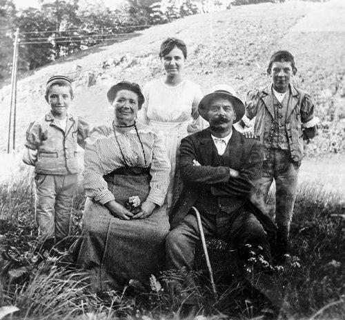 Famille aux Ormonts