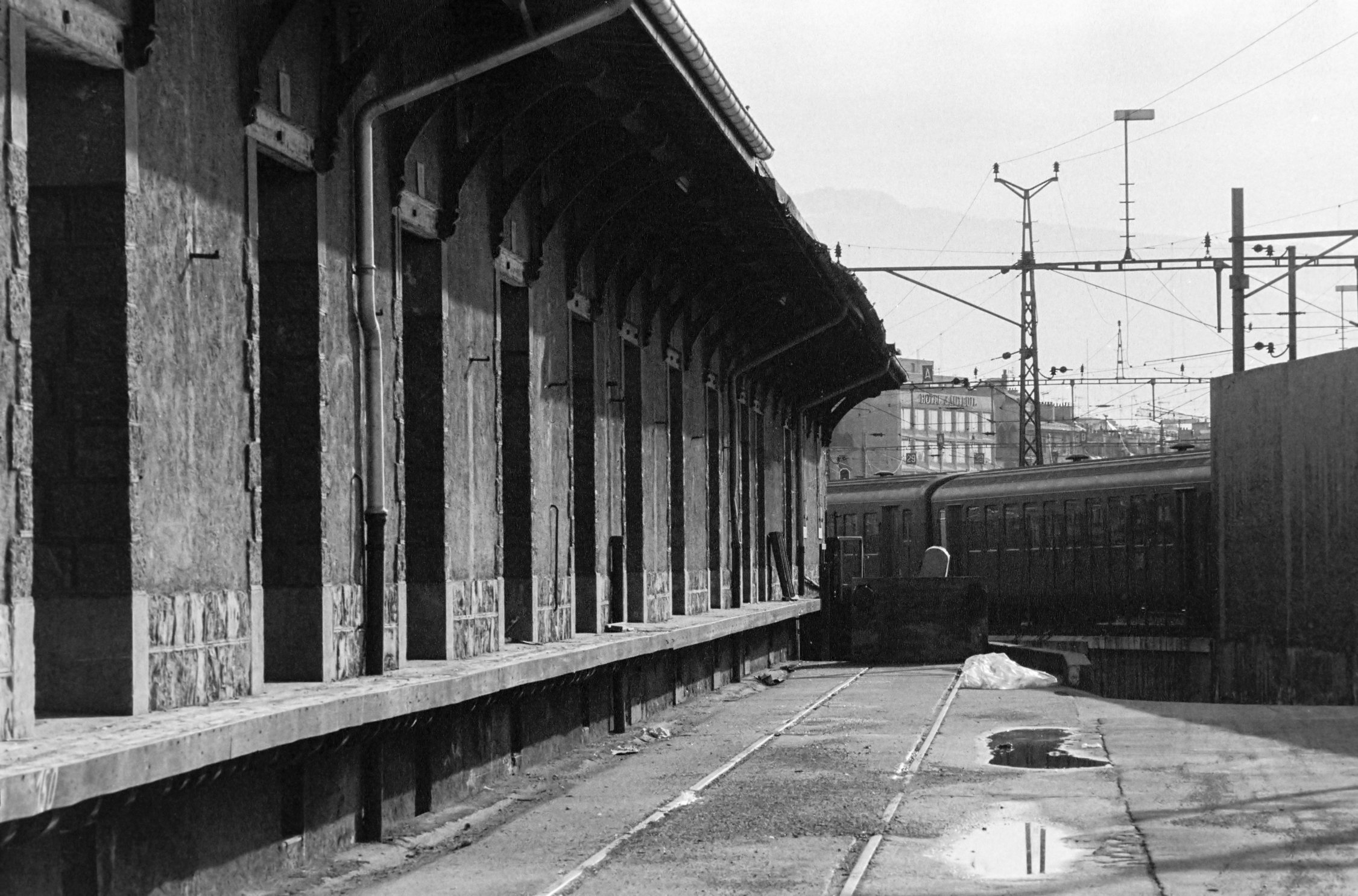 Genève, anciens hangars CFF