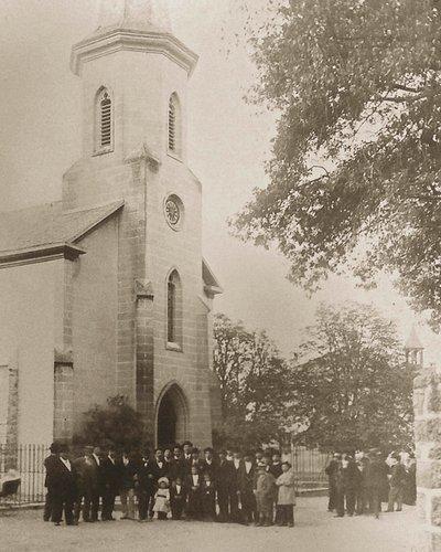 Rentrée dans l'église de Pregny