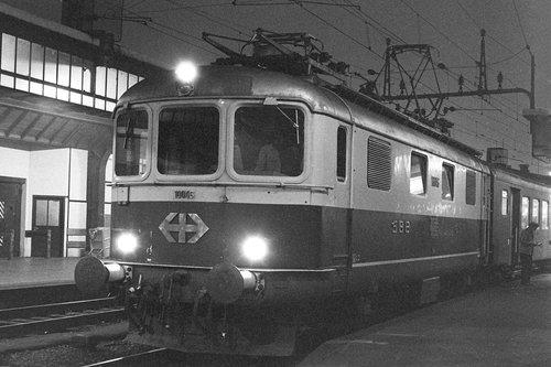 Genève, gare Cornavin, une locomotive