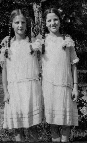 Julia et Eveline Burnand