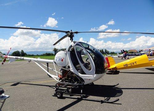 Hélicoptère HB-ZLB  S 3000 CBI