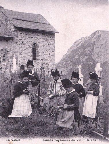 Enfants priant