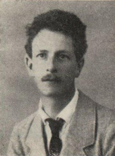 Le jeune Frank MARTIN, moustachu...
