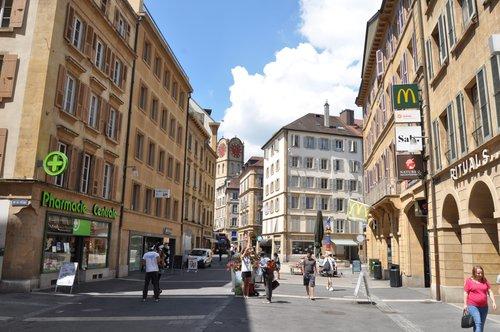 Neuchâtel: Rue de l'Hôpital en 2018