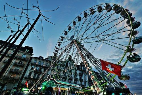 """Noël, la grande roue et les """"danseurs"""""""