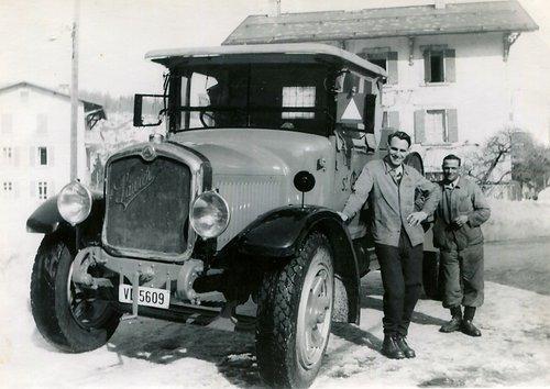 Famille André, le premier camion