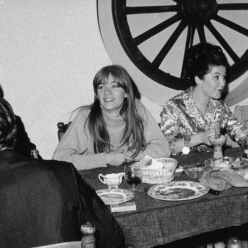 Françoise Hardy au restaurant du Griffin's Club
