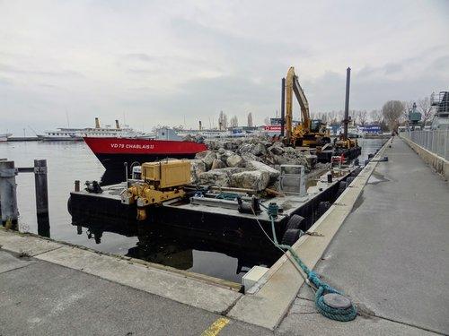 Fin du 2ème projet d'amarrage du vapeur «Helvétie» devant les quais d'Ouchy