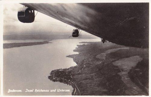Zeppelin au-dessus du lac de Constance