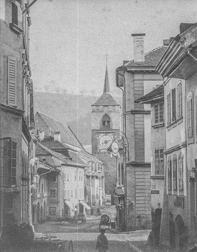 Eglise St Etienne et rue du Temple