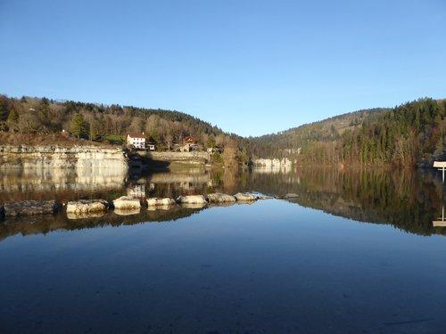 Lac des Brenets_l'eau retrouvée_762