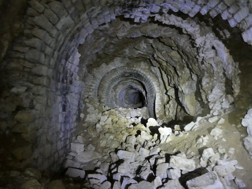 Ancien tunnel des Convers