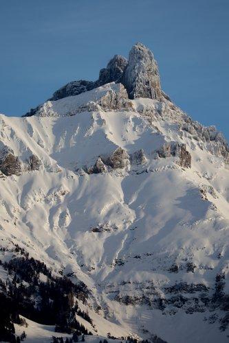 Une montagne de neige