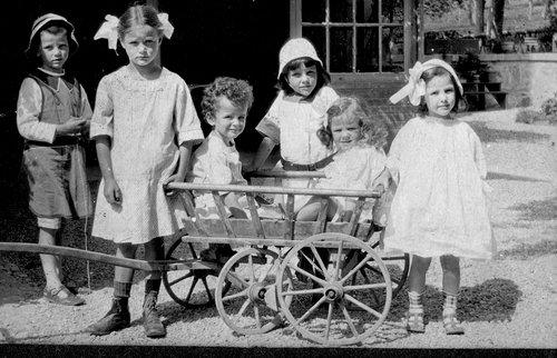 Les enfants à St Loup