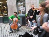 Musiciens des rues talentueux  à Lausanne