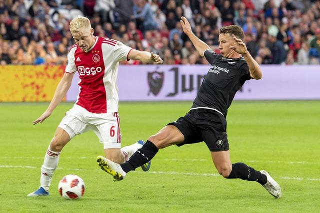 Het is FC Emmen zelf dat de eindstand bepaalt op 5-0