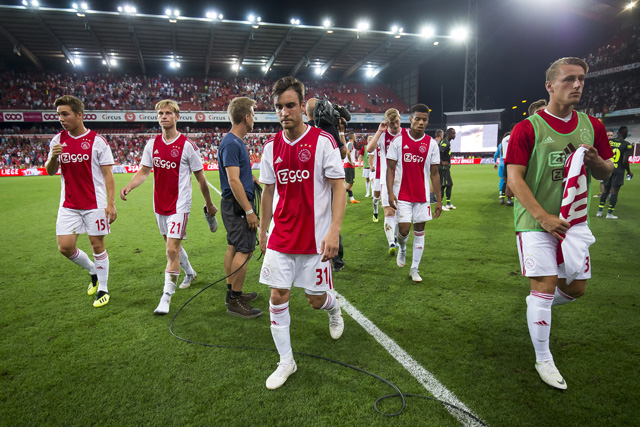 Dit voelt als afdruipen, dat moeten we in de Johan Cruijff Arena niet hebben!