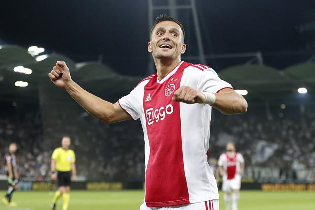 De eerste treffer van Tadic voor Ajax is een feit en er volgt vast meer
