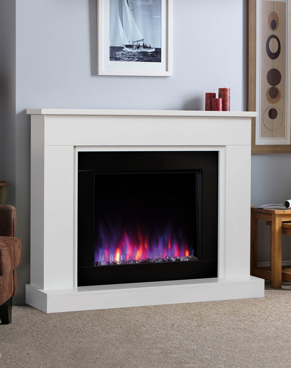Pristina electric Suite in White with Mixed Flame Pattern