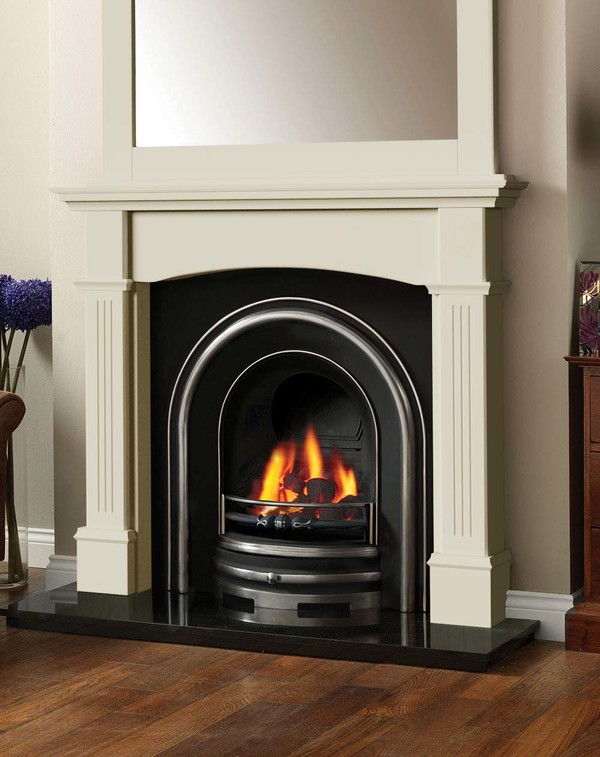 Cherwell Fireplace surround in Olde England White