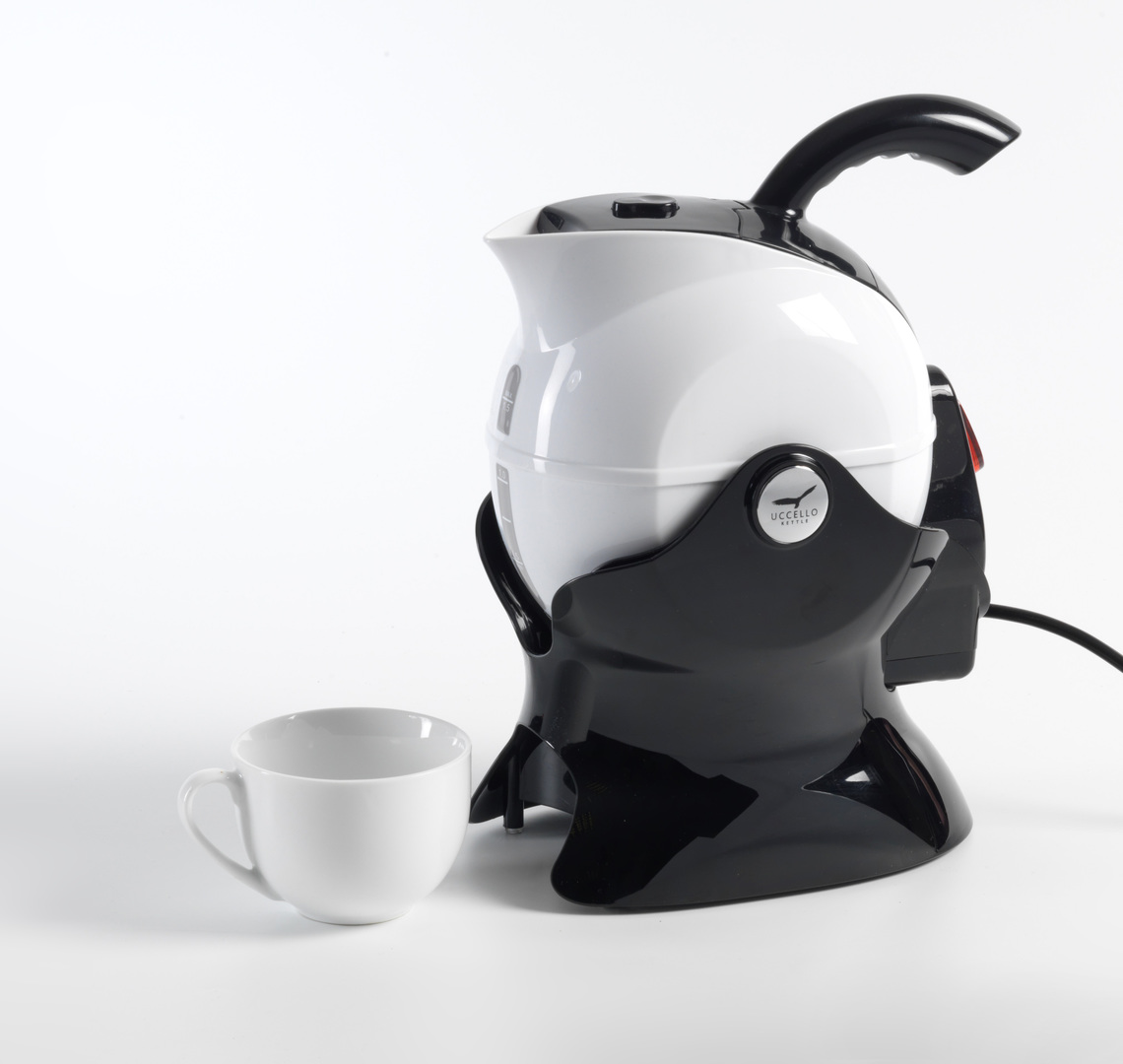 Uccello Kettle White and Black