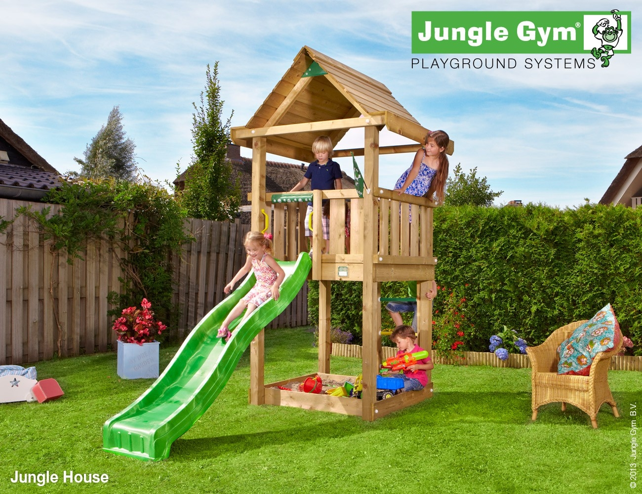Jungle Gym | House | DeLuxe | Rood