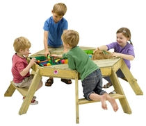 Plum Premium | Octagonal activity table