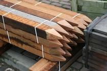 Hardhouten piketpaal gepunt | 30x30 50cm