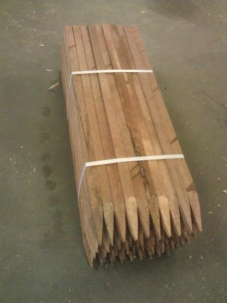 Hardhouten piketpaal gepunt | 20x30 80cm